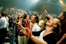 hillsongworship_wideweb__430x2861